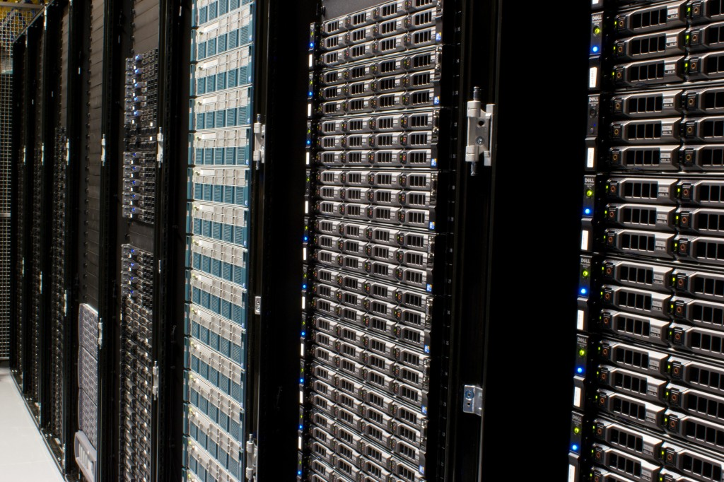 Wikimedia_Foundation_Servers-8055_08